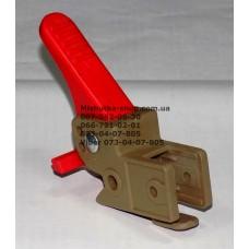 Осевой блок заднего колеса + тормозная педаль к коляске Geoby D208, D205, D209, D388, D222 (коричневый корпус - красная педаль) (d=16мм, 16*16мм) (29150)